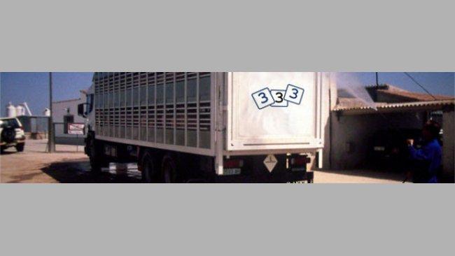 Desinfektion eines Viehtransporters
