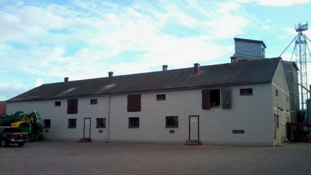 Abbildung 3: Gebäude der Mastferkel und Mastschweine
