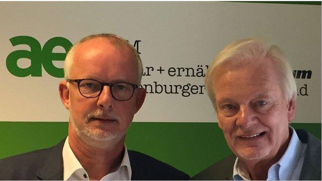 Josef Abeling (Sprecher der AEF-AG Tierwohl), Uwe Bartels Min.a.D. (Vorsitzender des AEF).